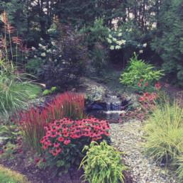 Aménagement d'un espace jardin.
